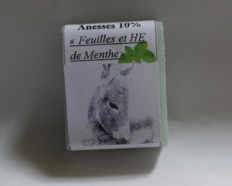 Savon au lait d'ânesse (Huiles Essentielles et feuilles de Menthe) - 25g