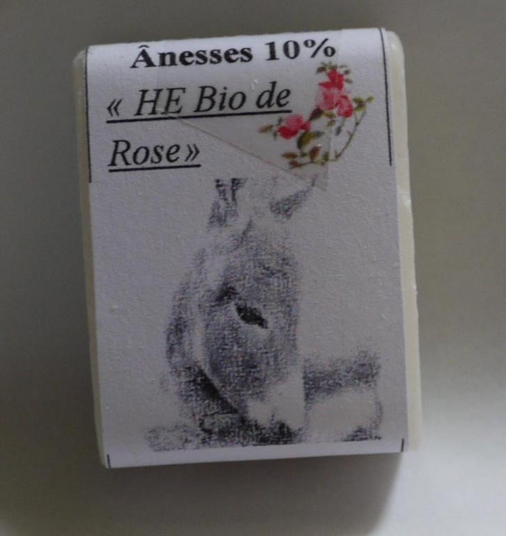 Savon au lait d'ânesse (Huiles Essentielles de Rose Bio) - 25g